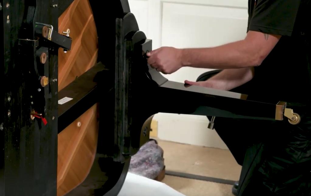 Remove The Piano's Legs